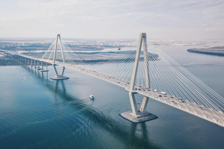 wiwi-rub-bilder_slider_startseite-bridging